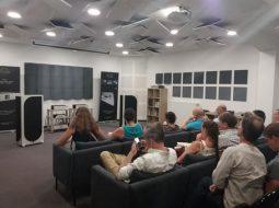 Traitement acoustique auditorium atoll
