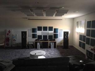 Traitement acoustique Studio avec des panneaux acoustiques PYT Audio